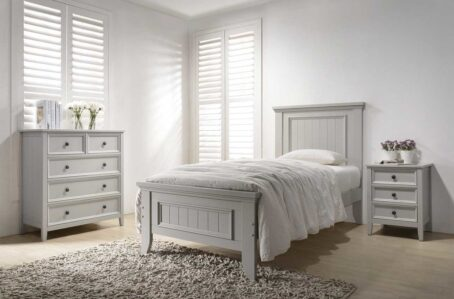 Clare Single Panelled Bed